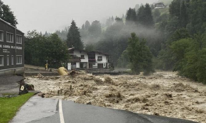 Помош од 400 милиони евра за поплавите во Германија
