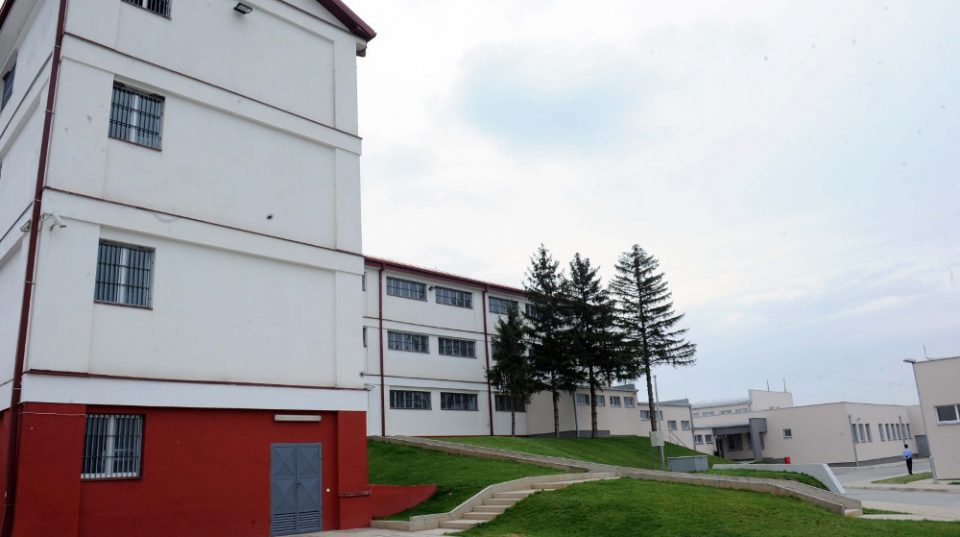 Немири во кумановскиот затвор, повредени четири лица