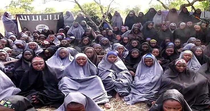 Ослободени над 100 киднапирани жени и деца во Нигерија