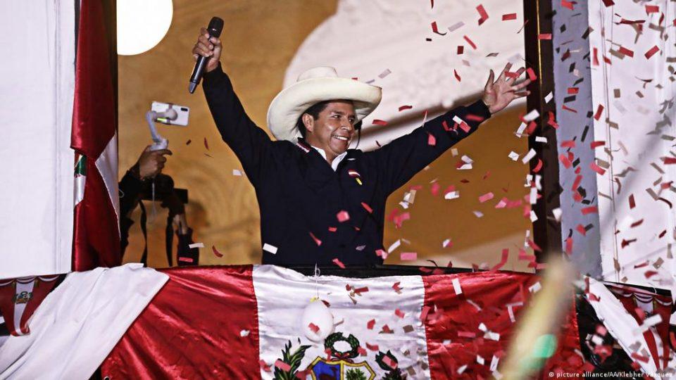 Левичарот Педро Кастиљо е нов претседател на Перу