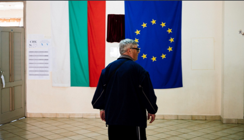 """Седум европратеници ќе одат во Бугарија да ја """"чешлаат"""" корупцијата и слободата на медиумите"""