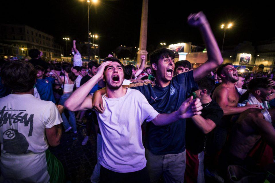 Пораст на бројот заразени во Италија по славјето за европската шампионска титула
