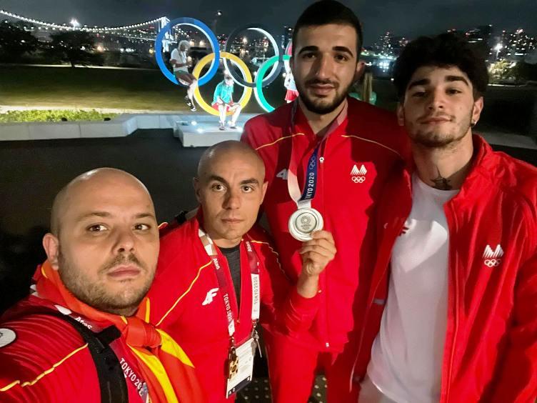 Ветивме-oстваривме: Ете го медалот на Дејан, свети како сонцето на нашето македонско знаме!