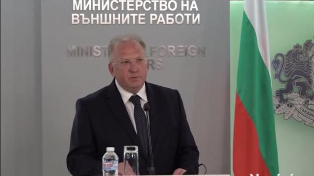 Светлан Стоев: Емоциите се пречка, треба де се гради прагматична политика меѓу Софија и Скопје