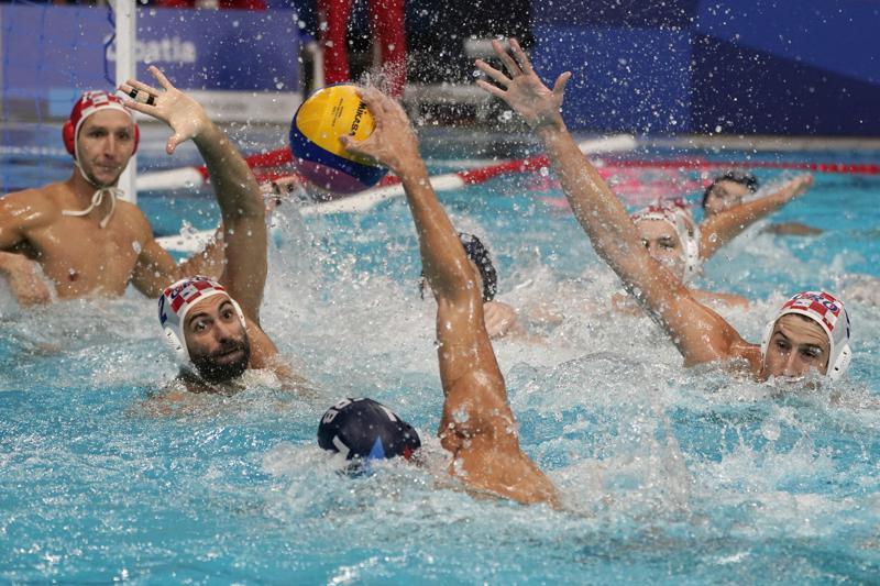 Хрватска ја победи Србија во олимпиското ватерполо дерби