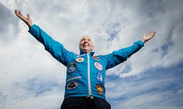 Никој не чекал толку долго: 82-годишната Воли Фанк ќе стане највозрасниот патник во вселената