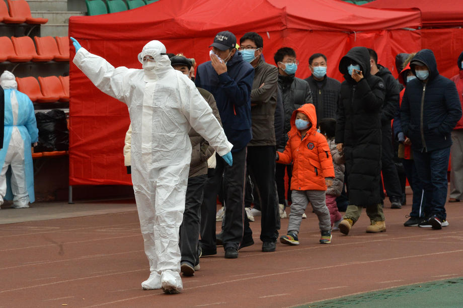 Најлош бран на епидемијата уште од Вухан: Сите летови од Нанџинг ќе бидат прекинати