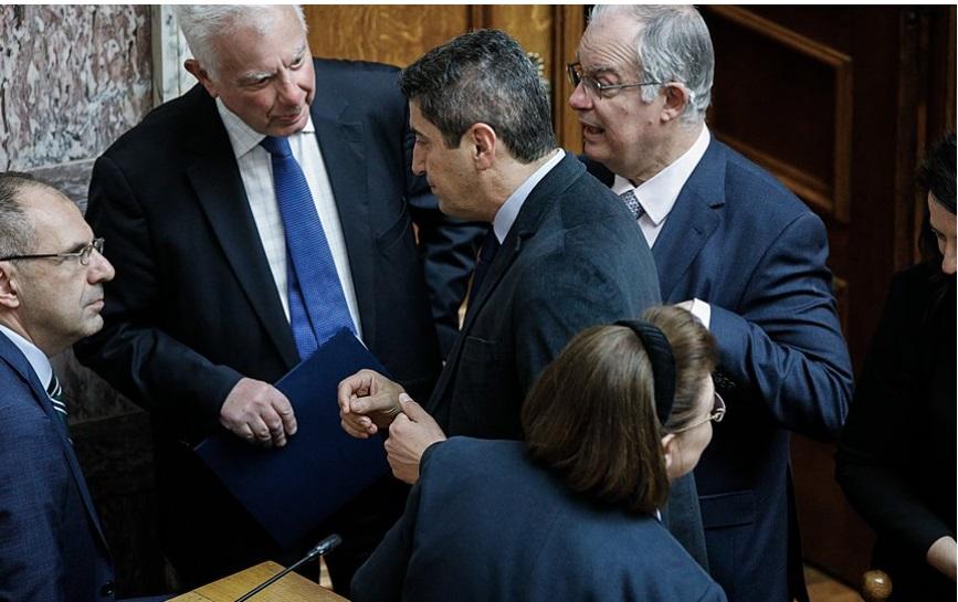 """За претставник на грчката влада Македонија е """"Скопска федерација"""""""