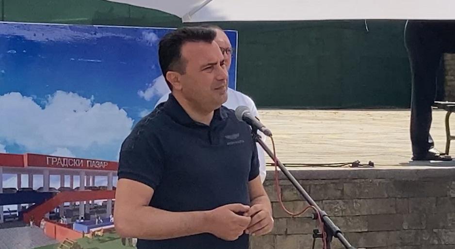 """""""Ниту една друга земја не била толку пофалена и позитивно оценета"""": Заев чека да се формира бугарската влада, па да добиеме зелено светло"""