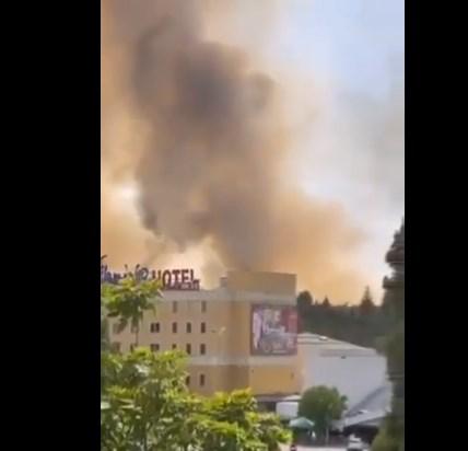 """Пожарникарите храбро се борат со пожарот на ГП """"Богородица"""""""
