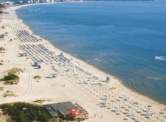 """Бугарите не можат да си дозволат одмор на """"морето"""""""
