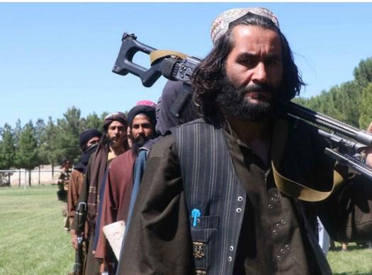 Талибанците забранија бричење на брадите