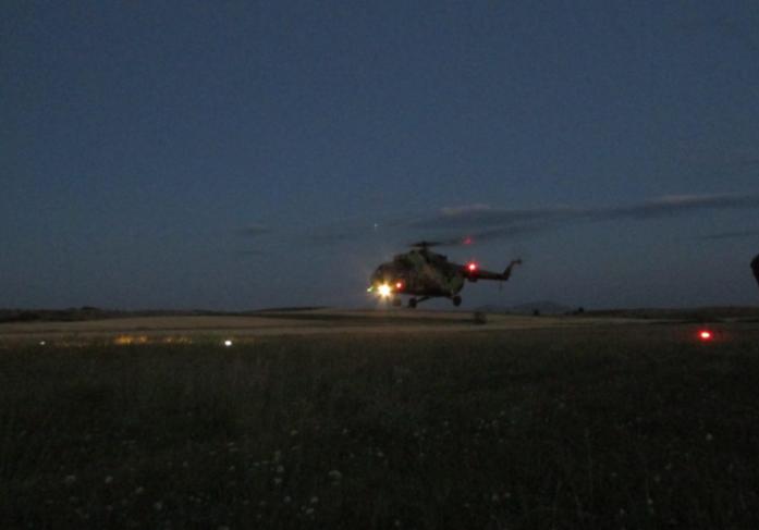 Пендаровски лаже? Хеликоптерите на АРМ летаат и ноќе!