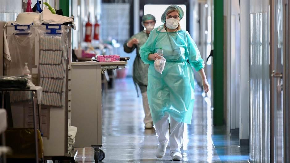 Починаа 10 скопјани и по еден пациент од Валандово и Штип, регистирани 154 нови случаи на ковид-19