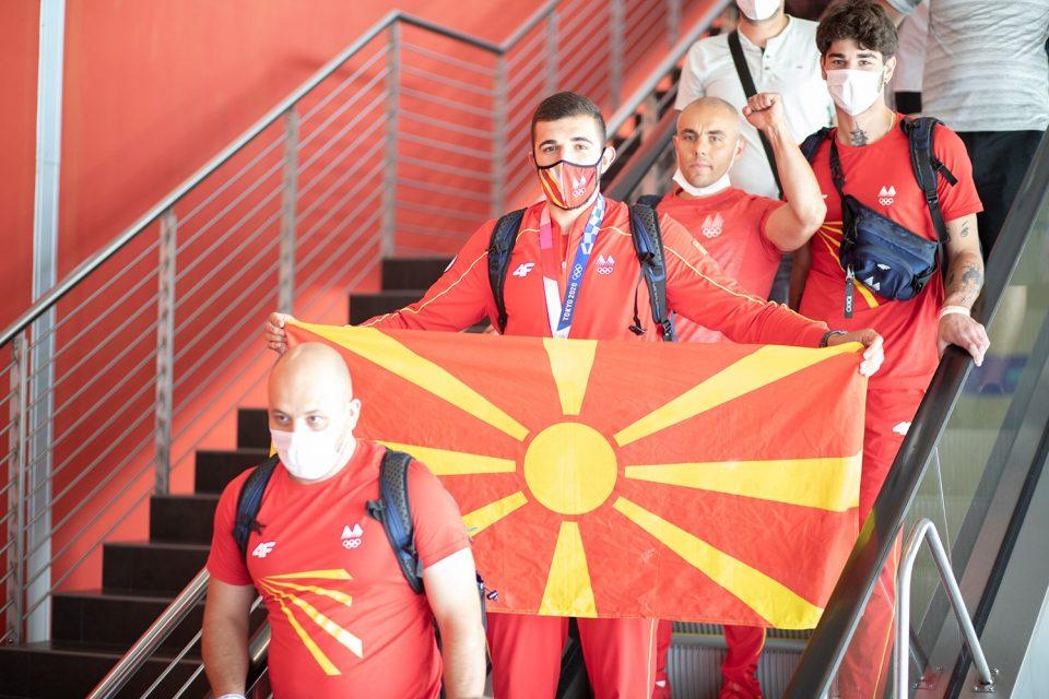 Олимпиецот и неговиот тим не ја прифатија поканата од Пендаровски: Дејан Георгиевски припаѓа на сите луѓе во Македонија, треба да е надвор од сите политички случувања