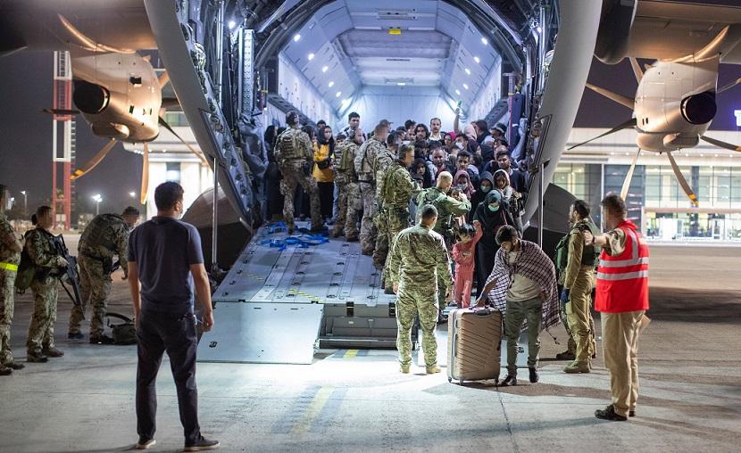 Првиот човек на АНБ е убеден дека бегалците што дојдоа се новинари, претставници на граѓански и мировни организации