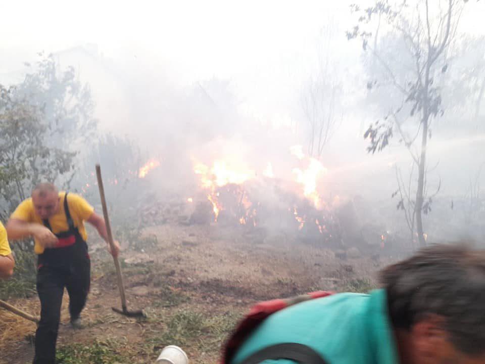 Филипче: Деветмина повредени во пожарот во Кочани, петмина од нив се задржани во болница