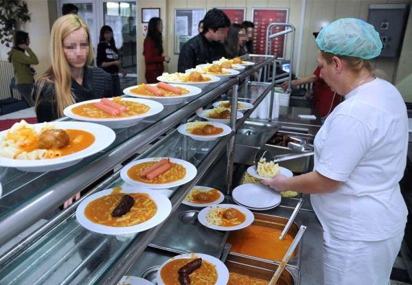 МОН: Oд денес почнува аплицирањето за субвенциониран студентски оброк