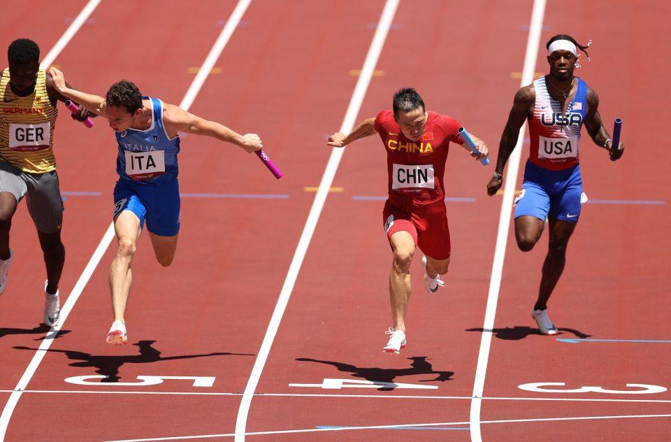 Американските спринтери не се пласираа во финалето на штафетата 4х100 метри