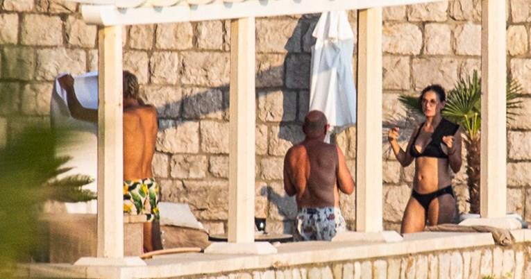 Деми Мур на одмор во Дубровник