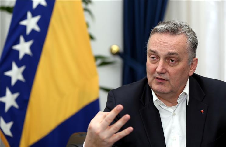 """Во БиХ ќе станеме темен вилает опкружен со ЕУ и Мал Шенген: Босанците се чувствуваат исклучени од """"Отворен Балкан"""""""
