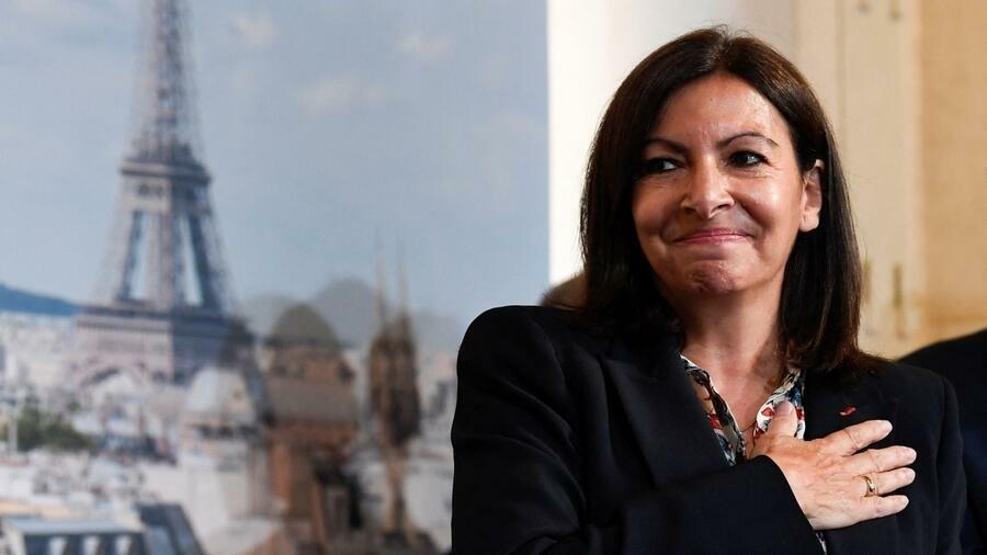 Градоначалничката на Париз Ана Идалго противкандидат на Макрон