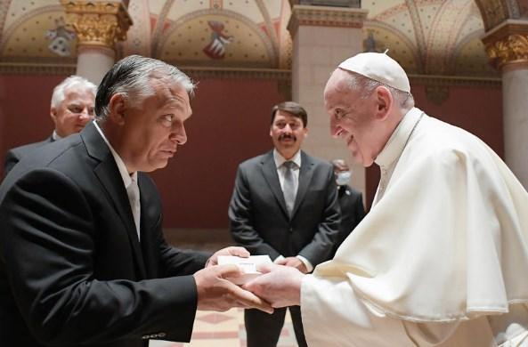 Oрбан: Папата ме охрабри да ги бранам традиционалните семејства