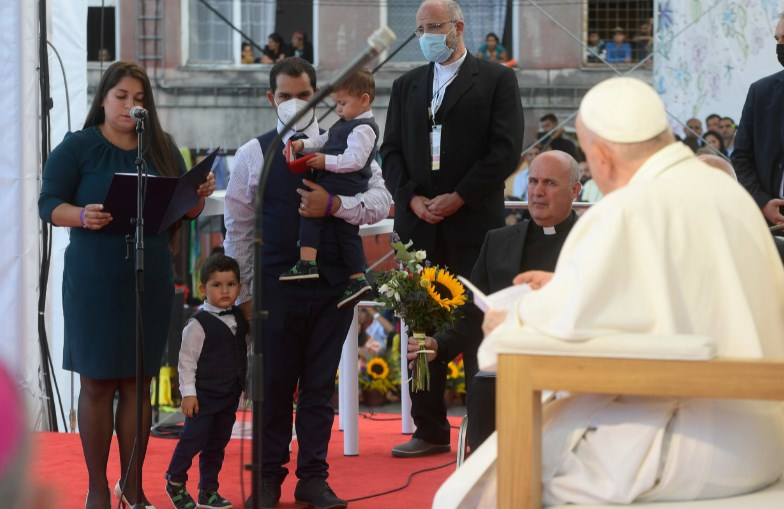 Папата побара да нема предрасуди кон Ромите