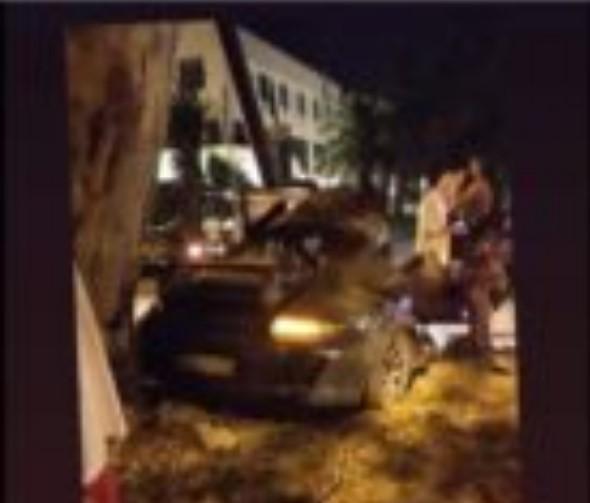 Два часа се обидувале да му го извадат телото од автомобилот: Загина познатиот грчки рапер Mad Clip