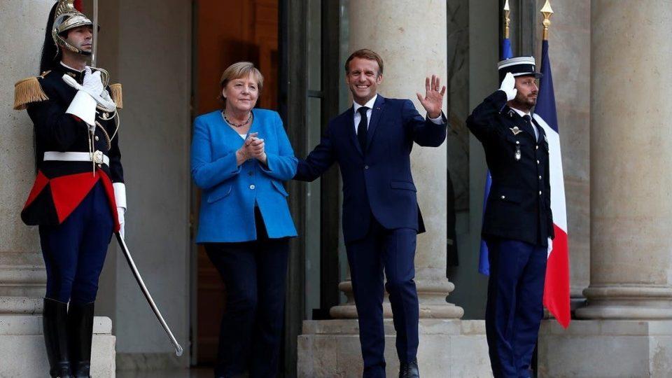 Макрон за последен пат ја прими Меркел на разговор за светските проблеми
