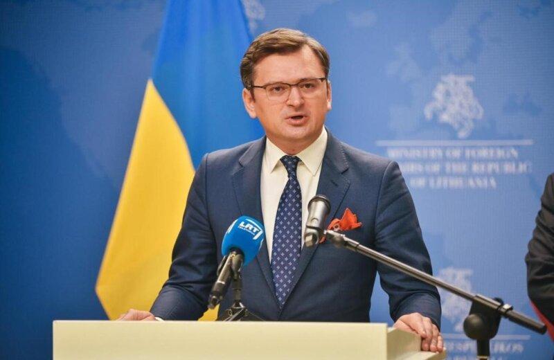 Шефот на украинската дипломатија: Црвените линии на Путин важат само во рамки на руските граници