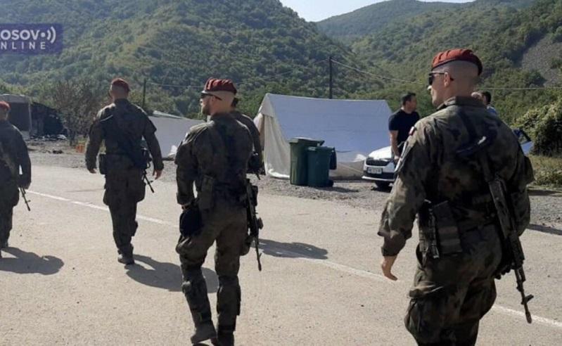 Војници на КФОР се стационираа на преминот Јариње на косовско-српската граница