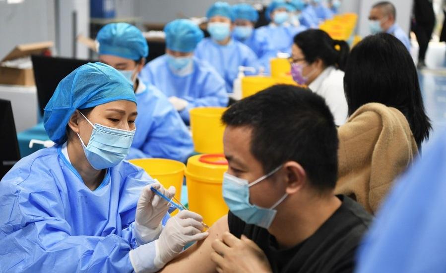 Во Кина целосно се вакцинирани над една милијарда жители