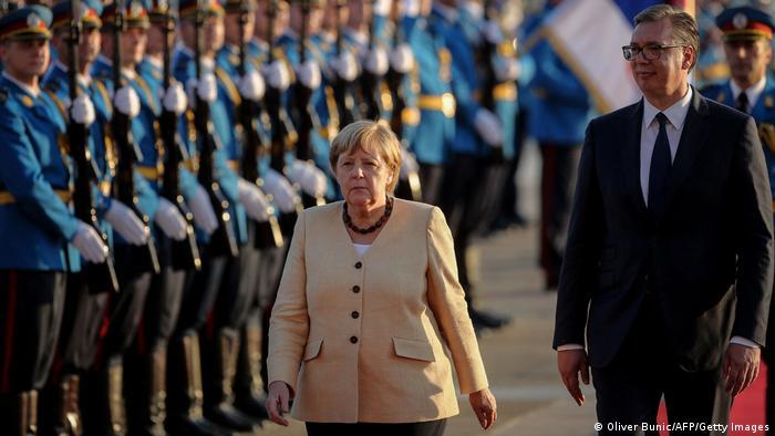 Меркел: Западниот Балкан го чека долг пат до ЕУ