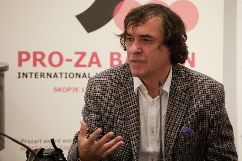 """Писателот не може самиот да каже дека е писател, тоа треба други за него да го кажат, вели лауреатот на """"ПРО-За Балкан"""" Мирча Картареску"""