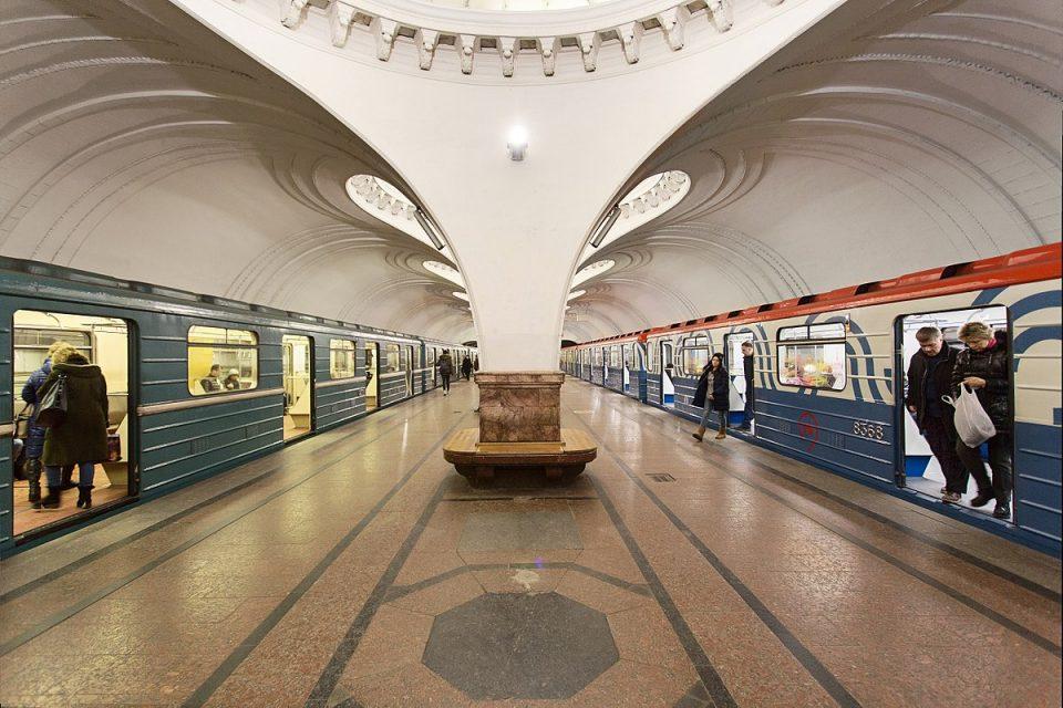 """Фаца пропусница: Московското метро е прво во светот каде што може да се плати со """"лице"""""""