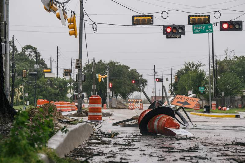 Бајден: Штетите од лошото време се над 100 милијарди долари
