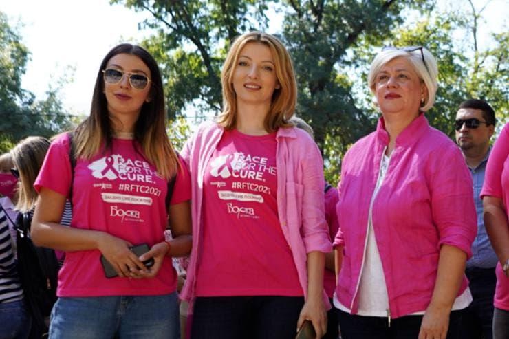 """Арсовска со поддршка на кампањата за борба против рак на дојка """"RACE FOR THE CURE"""" – """"НАПРЕД РОЗОВО"""""""