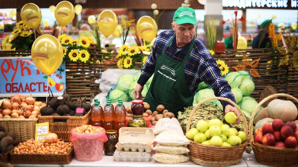 Русија ја продолжи забраната за увоз на храна од ЕУ и САД