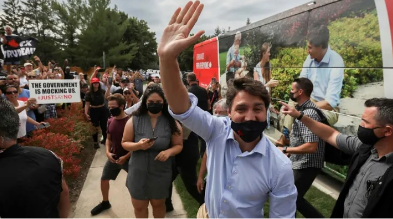 Трудо доби трет мандат во Канада, но нема мнозинство во парламентот