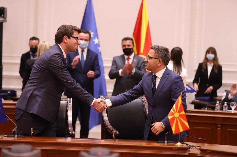 Македонија и Косово договорија заедничка царинска контрола на железничкиот премин Блаце-Хани Елези