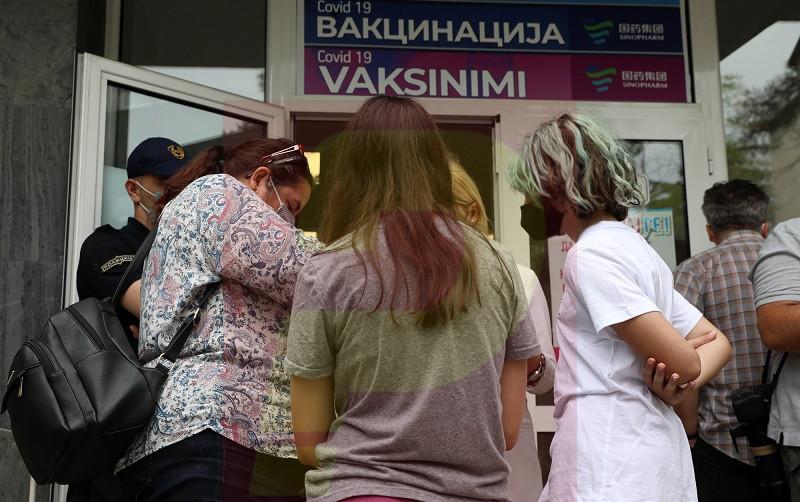 Досега 697.847 граѓани примиле две дози вакцина против ковид-19