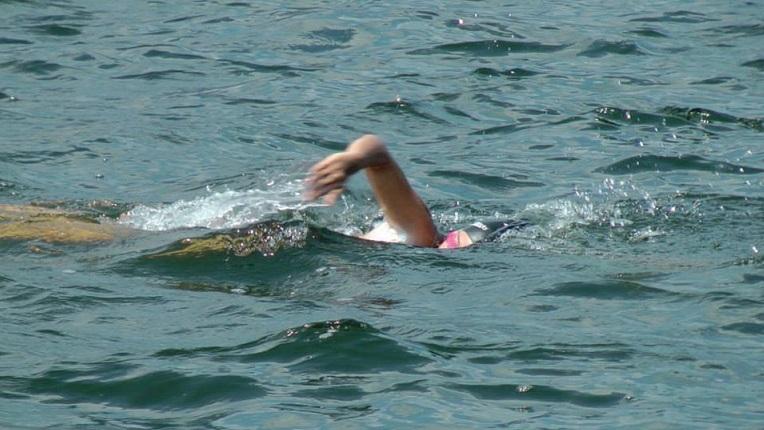 """На езерото """"Младост"""" в недела ќе се плива Велешкиот пливачки маратон"""