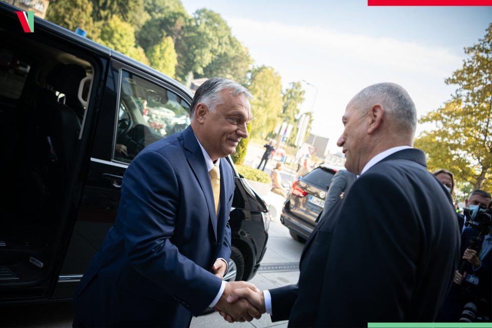 Средба Орбан – Јанша на меѓународниот саем во Цеље