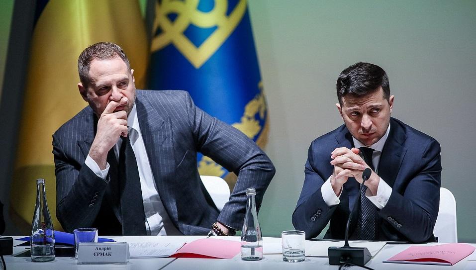 """Зеленски најави """"силен одговор"""" по обидот за атентат врз неговиот советник"""