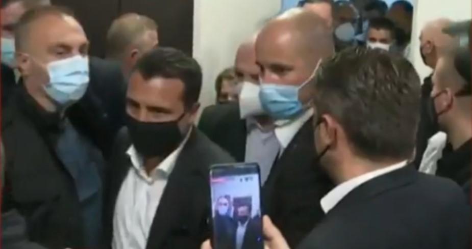 СДСМ и ДУИ почнаа да ја префрлуваат одговорноста за болницата во Тетово, кој е виновен, Филипче или Бисими?