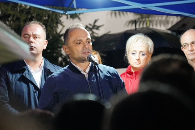 Филипче: Работиме за Европа дома, кај нас, во Македонија