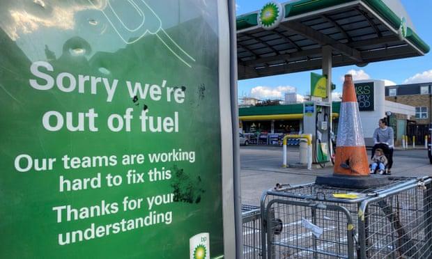 Цената на гасот во Европа скокна над 1.200 долари за илјада кубни метри